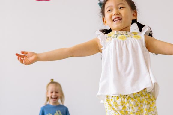 Nouveau, en plein cœur de Paris chez ZE ART les enfants pourront enfin s'initier à la comédie musicale parrainée par Laurent Bàn!