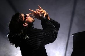 """Laurent Brunetti et Mario Pacchioli audacieux révèlent  leur deuxième création au Festival d'Avignon, """"Ni Brel Ni Barbara, Faut-il imiter ou créer """"."""