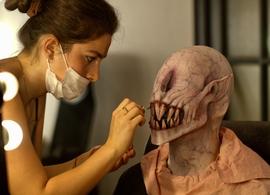 Le Conservatoire du Maquillage vous forme et vous apprend le métier de maquilleur professionnel, que vous soyez débutant ou expert, assistez gratuitement à un cours grâce à Casting.fr.