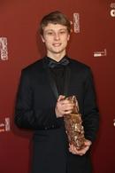 Rod Paradot reconnu par la profession, la directrice de casting Elsa Pharaon récompensée au travers ce César aussi!