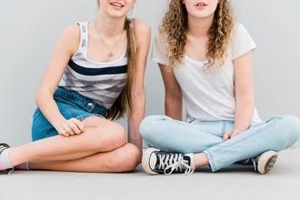 Cherche figurants ados filles et garçons entre 16 et 18 ans pour tournage épisodes