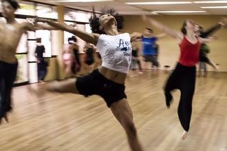 Cherchons danseurs et danseuses pour l'artiste Jy Junelle