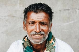 Recherche hommes d'origine indienne entre 45 et 50 ans pour shooting photo