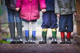 Cherche enfants de 6 et 8 pour un site internet de chaussures à Lyon