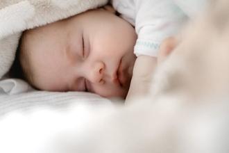 Casting bébé fille ou garçon entre 9 et 12 mois pour jouer dans long métrage