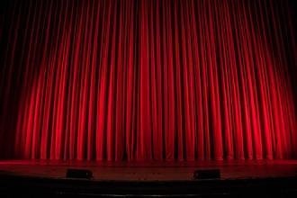 Cherche H / F 25 à 40 ans bon niveau comédie, chant et danse pour nouveau spectacle