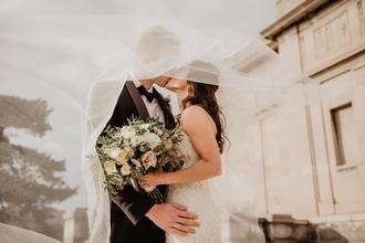 Recherche mannequins homme et femme pour shooting photo sujet MARIAGE