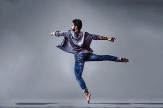 Recherche danseur grand brun au teint mate pour figuration série Tv