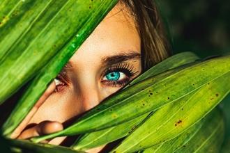Recherche actrice  entre 16 et 20 ans aux yeux bleus pour série TF1 SAM