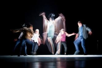 """Audition danseurs et danseuses polyvalents pour groupe finalistes """"la France a un incroyable talent"""""""