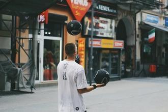 Casting homme jongleur entre 18 et 25 ans pour figuration série