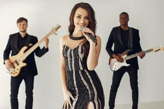 Auditions chanteuses d'origine russe entre 12 et 20 ans pour projet musical