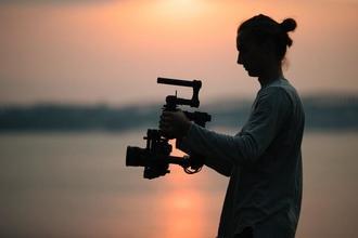 Recherche 1 homme et 1 femme entre 35 et 40 ans pour court-métrage