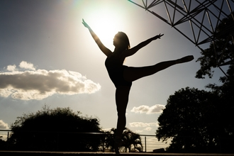 Casting danseur danseuse et acrobate pour jouer dans vidéo Youtube