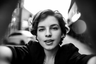 Casting modèle femme entre 18 et 25 ans pour shooting photo coiffure