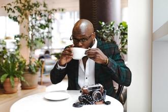 Casting comédien homme typé africain entre 20 et 30 ans pour tournage projet théâtral