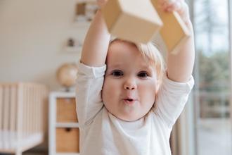 Recherche bébé acteur de 1 an pour tournage film
