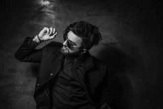 Recherche comédien musicien de 25 ans pour célèbre série TV