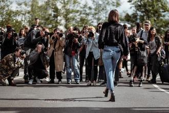 Recherche 2 mannequins entre 20 et 30 ans pour un shooting Printemps-été à Paris