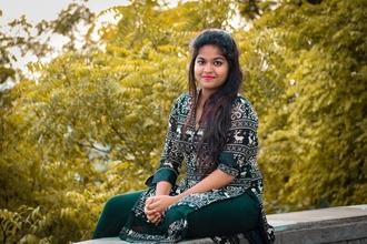 Recherche femme typée indienne pour reconstitution magazines de faits divers