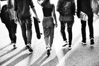 Recherche h/f 16 à 20 ans paraissant plus jeune pour tournage clip