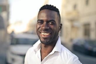 Casting modèle homme entre 18 et 45 ans pour vidéo média beauté