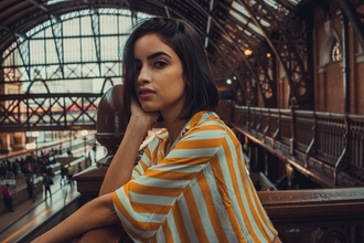 Casting femme entre 20 et 30 ans pour silhouette dans publicité digitale