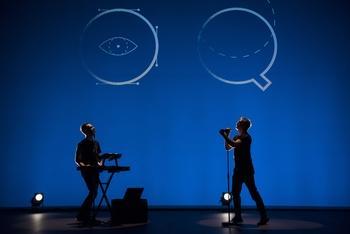 Rouquine un duo, deux talents : retrouvez MORTEL un titre poétique et pop à écouter sans modération !