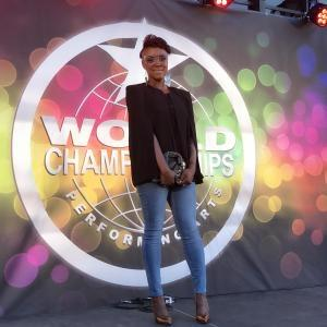 """Noesha, une jeune chanteuse qui a participé au grand concours """"WCOPA"""""""